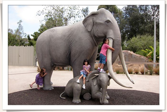 San diego zoo-kids on mammoth