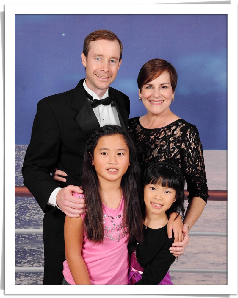 Blog disney cruise family portrait
