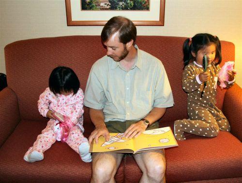 20070823 evening - Bedtime stories