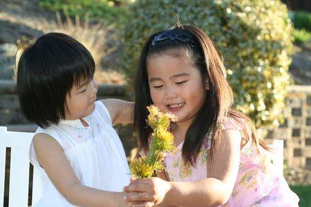 Sm_flower_offering